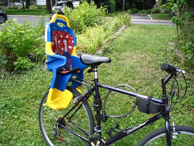 ¿Qué me recomendais??? Accesorios-bebes-silla-bici