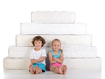 Cuáles son las medidas óptimas para los colchones infantiles según edad y estatura